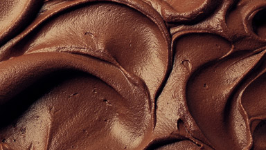 hero-creamy-home-style-classic-chocolate-frosting